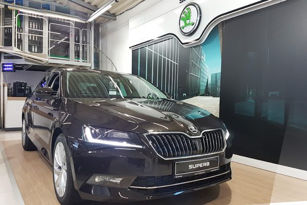 exterier4_Skoda_superb100_autobors