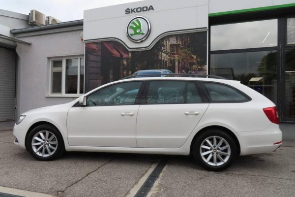 skoda-superb-combi-20-tdi-cr-103kw (1)