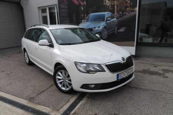 skoda-superb-combi-20-tdi-cr-103kw (14)