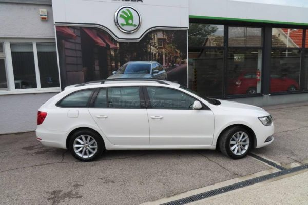 skoda-superb-combi-20-tdi-cr-103kw (24)