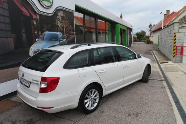 skoda-superb-combi-20-tdi-cr-103kw